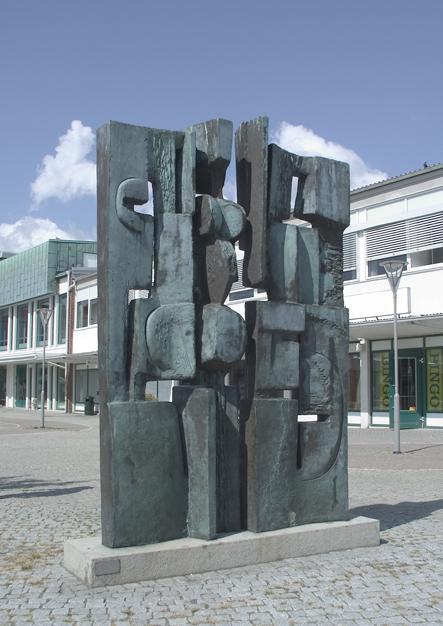 """""""Spegling"""", © Åke Thornblad/Bildupphovsrätt 2018. © Foto: Jan Peter Dahlqvist, 2004"""