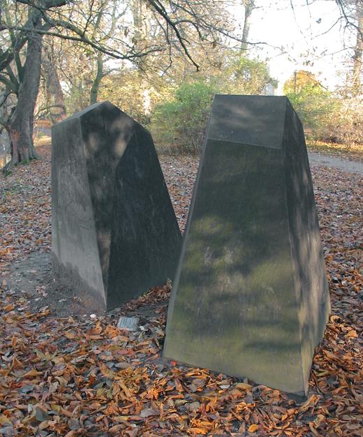 De svarta. © Stina Ekman/Bildupphovsrätt 2018. © Foto: Jan Peter Dahlqvist, 2003